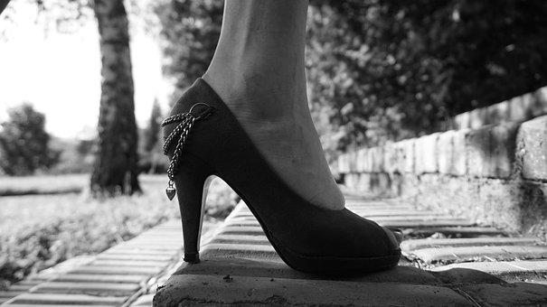 high-heels-3849107__340